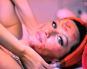 gisele-vampire-facial